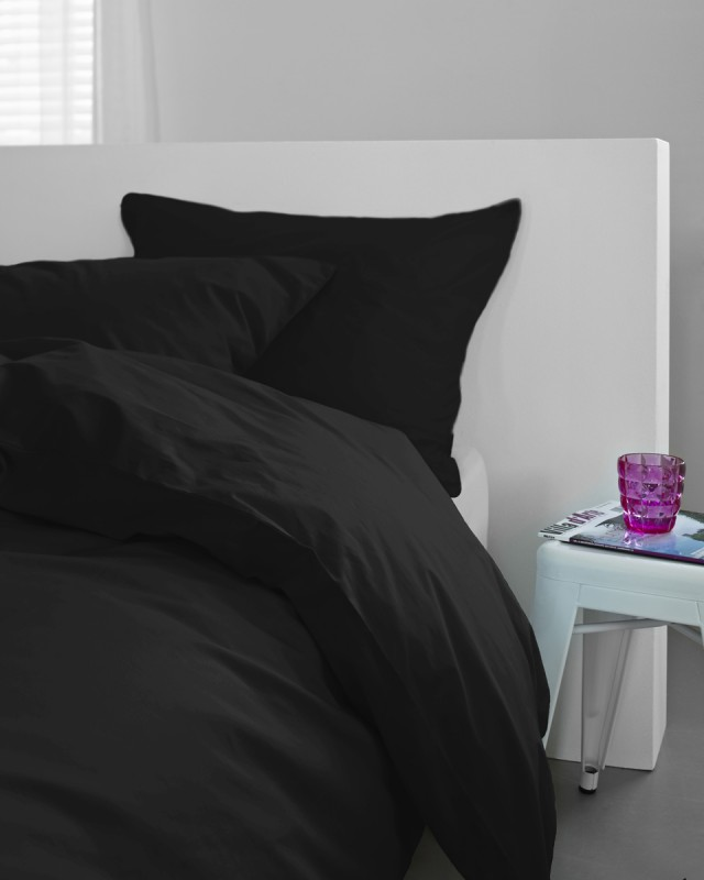 essenza bettw sche liguria uni black 2521. Black Bedroom Furniture Sets. Home Design Ideas